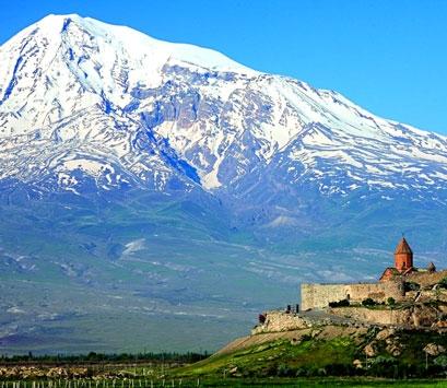 Monasterio de Khor Virap y al fondo el Monte Ararat nevado 4c0570b4653