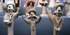 Figuras de terracota del Museo de Arqueológia Nacional en Nicosia (CHIPRE)