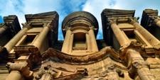 Detalle de la Tumba del Monasterio en Petra