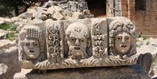 Detalle de la decoración de un teatro en la ciudad de Mira, costa Licia (Turquía)